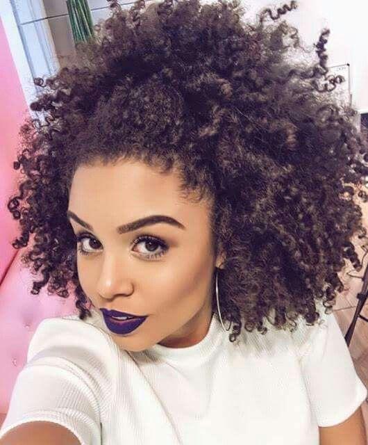 jeune-femme-afro