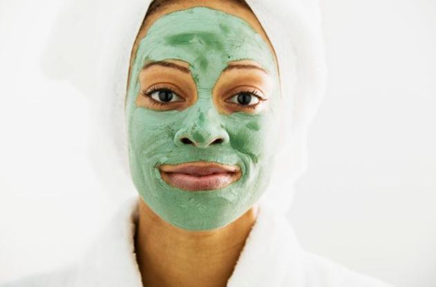 masque argile femme noire