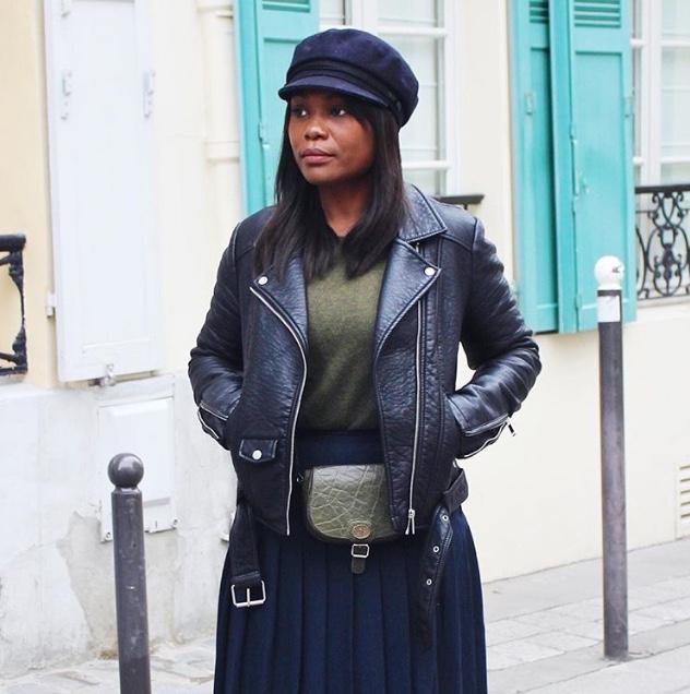 femme noire, sac, sac banane, perfecto noir