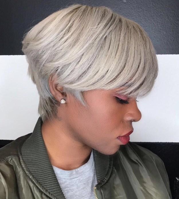 coupe courte femme noire